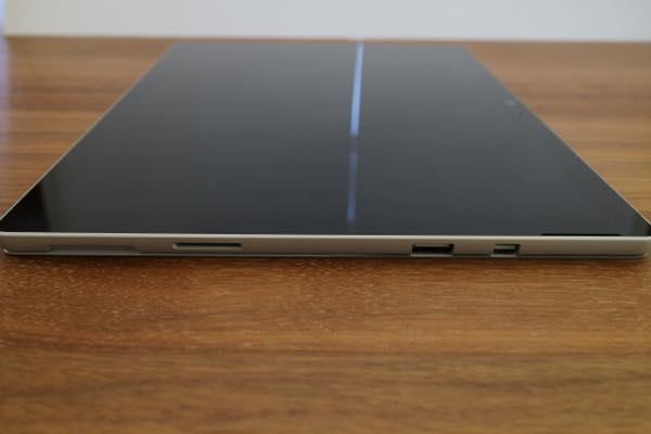 Surface Proの入出力ポート